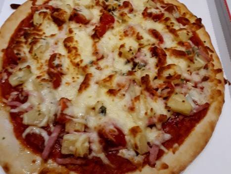 Foto: Pizza Hawai € 10,50